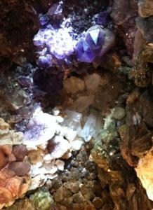 grotte de pierre - chaumet